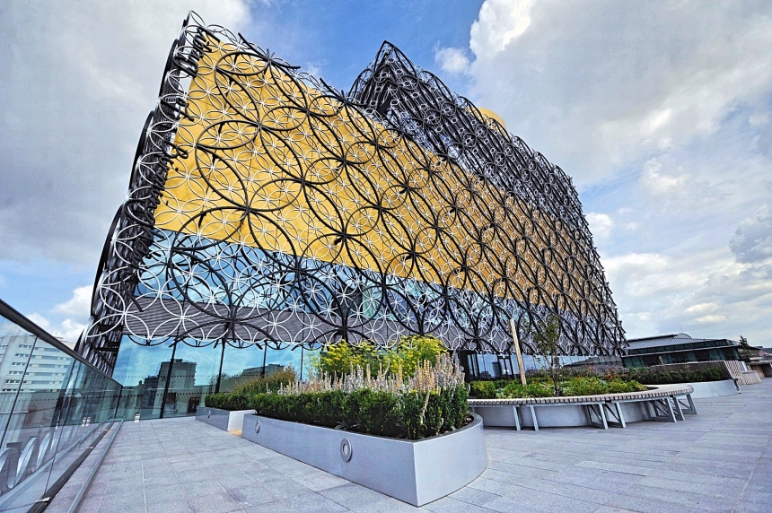 The-Library-of-Birmingham-4_Fotor